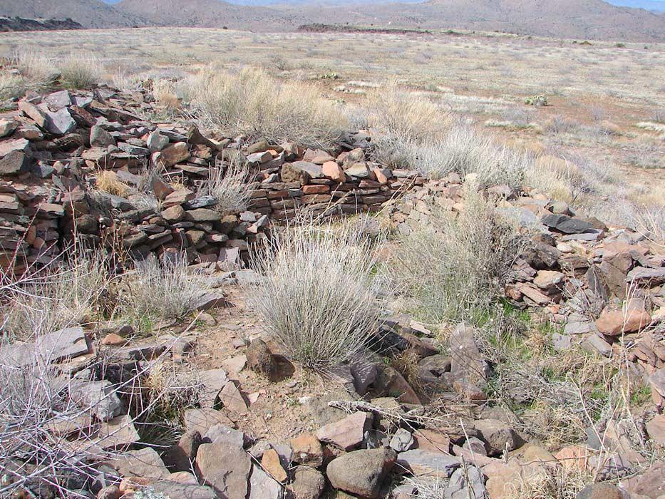 Ruinas de La Plaza, antiguo asentamiento del pueblo Hohokam (delange.org)