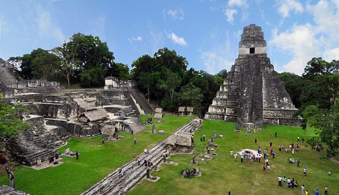 Ruinas mayas de Tikal, Guatemala (2009). (chensiyuan/CC BY SA 3.0)