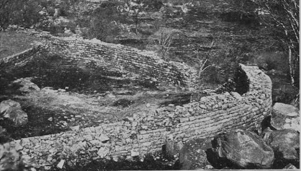 Ruinas de Khami, Zimbabwe (1906) (Wikimedia Commons)