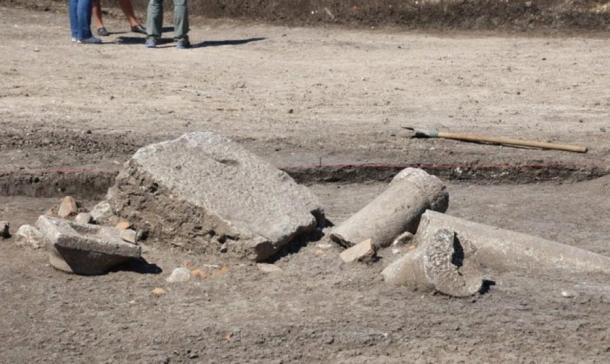 Se encontraron las ruinas de una antigua columnata en el recién descubierto Túmulo del Rey de Boyanovo, en Bulgaria. Foto: ElhovoNews