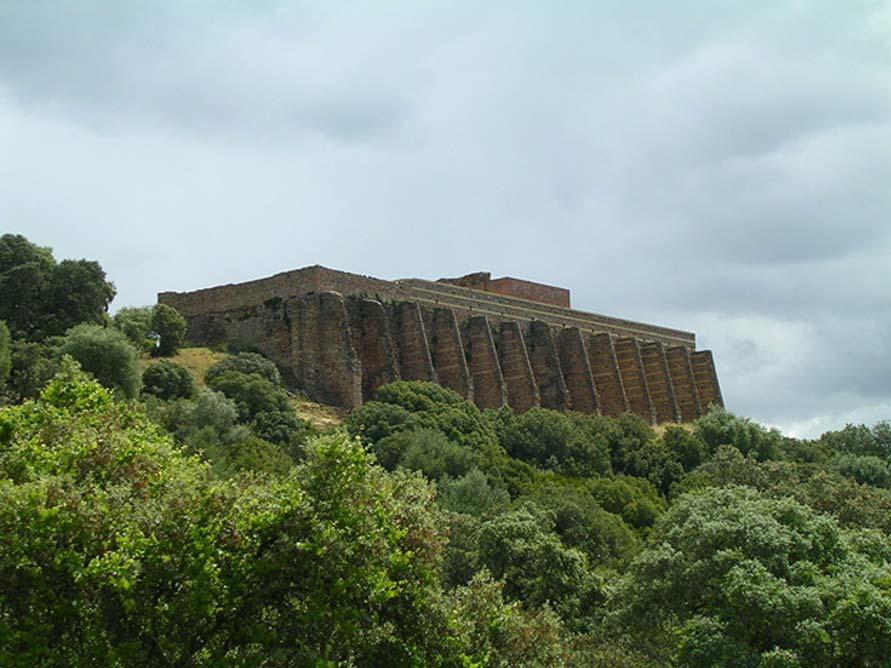 Las ruinas romanas de Munigua se remontan aproximadamente al siglo II a. C. (Wikimedia Commons/Fotografía: Cybergelo)