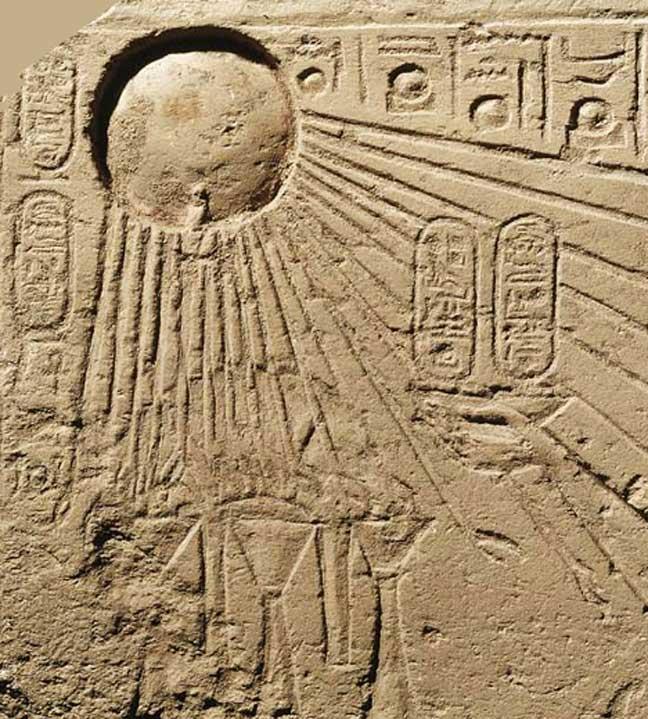El símbolo egipcio de Atón podría haber sido en su origen una representación del espectacular cometa del 1486 a. C. (Public Domain)