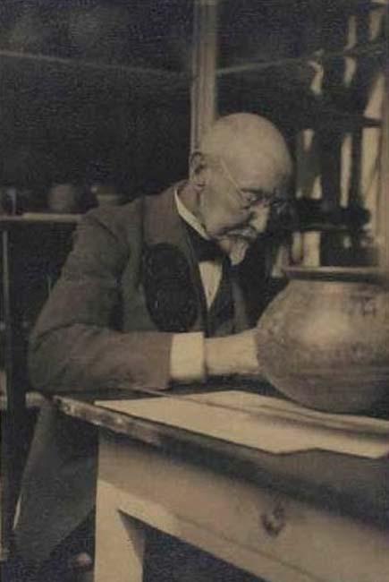 Fotografía de Sophus Müller (Public Domain)
