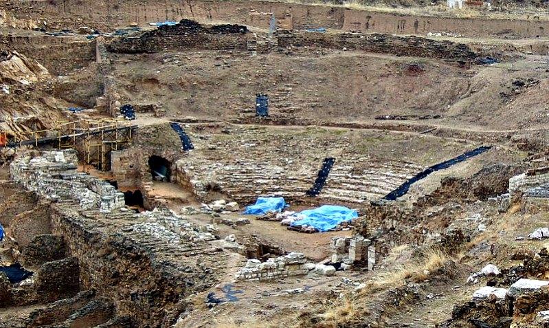 Ruinas del teatro romano. (Ecelan/GNU Free)