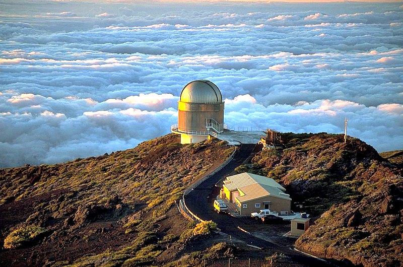 El Nordic Optical Telescope (NOT) en el Observatorio del Roque de los Muchachos, situado en La Palma, Islas Canarias. (Public Domain)