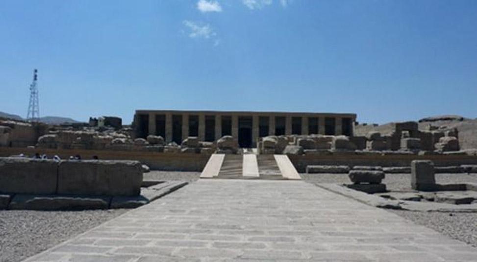 Acceso al templo de Seti I. (Hannah Pethen /CC BY SA 2.0)