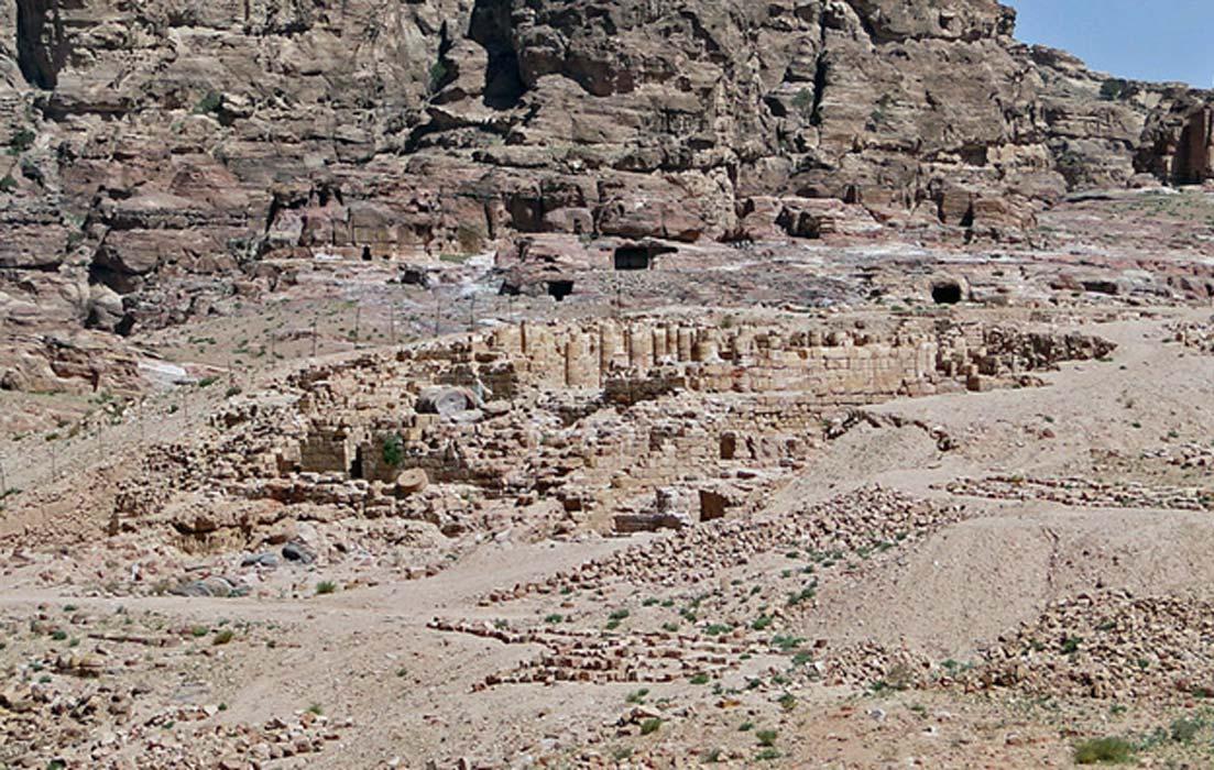 Ruinas del Templo de los Leones Alados, Petra, Jordania. (Bgag/CC BY-SA 3.0)