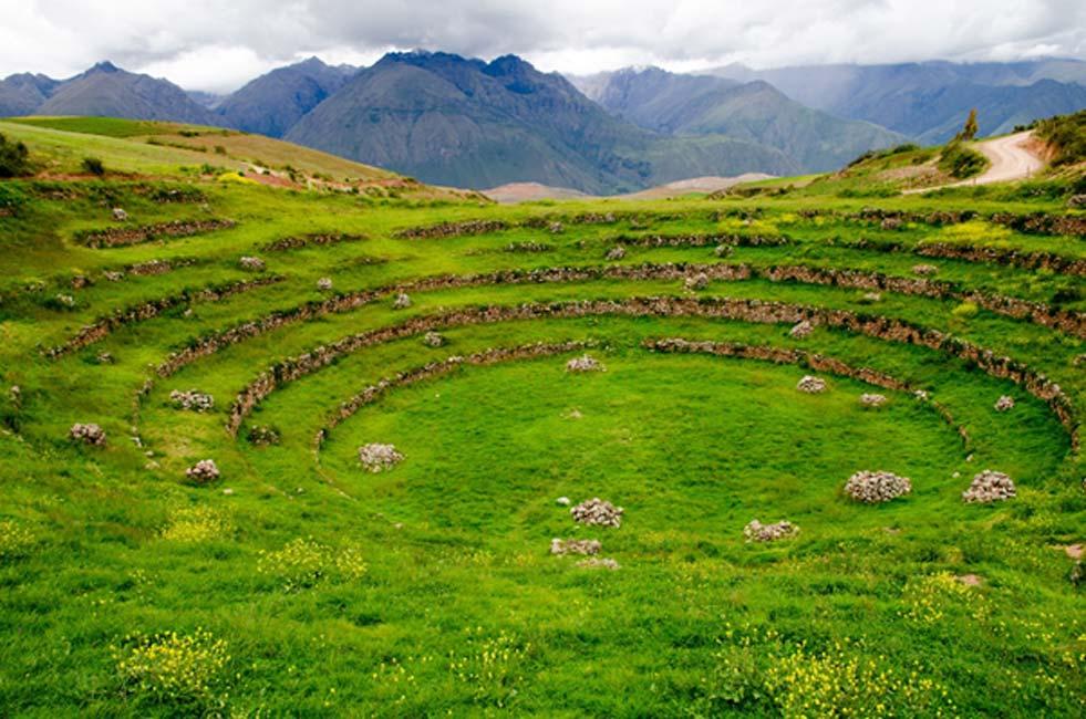Terrazas agrícolas incas en Moray, Perú. (Ralf Broskvar/Adobe)
