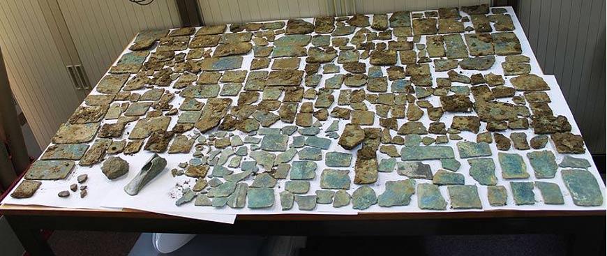 Tesoro prehistórico con objetos de cobre y bronce, además de piezas cerámicas. (CC BY-SA 2.0)
