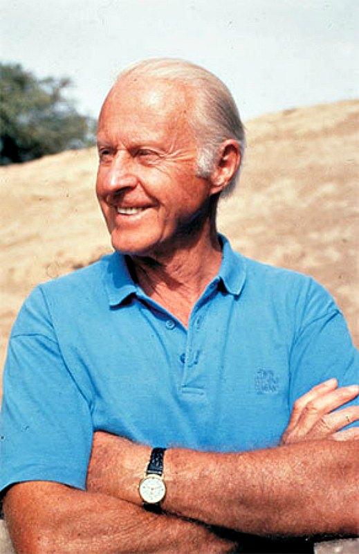 Para el arqueólogo y explorador noruego Thor Heyerdahl, quien vivió en la isla cerca de un año, los dos pueblos que la habitaban libraron una cruenta guerra y las diferentes batallas pudieron haber influido en el deterioro de su acervo cultural. (Fotografía: Museo Kon-Tiki/CC BY- SA 3.0)