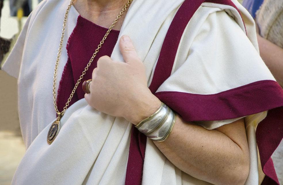 La 'toga trabea' era utilizada por las élites de la antigua Roma. (asferico/Adobe)