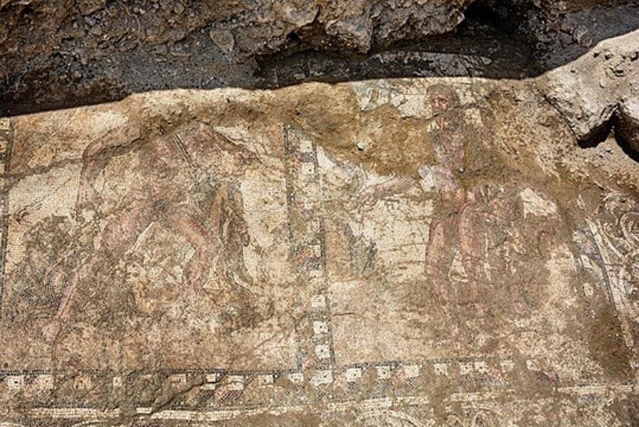Mosaico del siglo II d. C. descubierto en Lárnaca en el que se observa a Hércules realizando sus doce trabajos. (Cyprus Department of Antiquities)