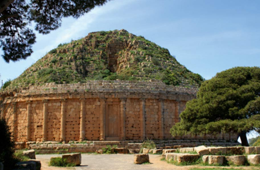 Tumba de Juba II y su esposa Cleopatra Selene II. Tipaza, Argelia (CC0 1.0)