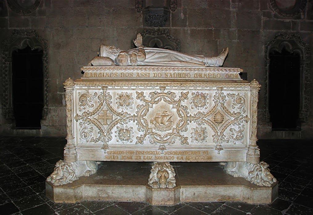Tumba de Vasco da Gama en el Monasterio de los Jerónimos, Lisboa, Portugal. (Alvesgaspar/CC BY SA 4.0)