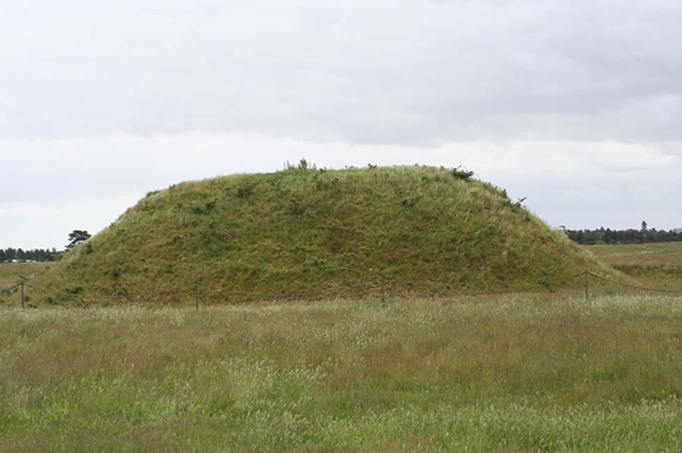 Túmulo funerario de Sutton Hoo (Public Domain)