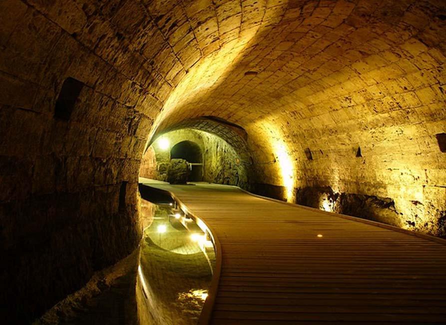 Túnel de los Templarios en Acre, Israel. Fuente: Geagea/CC BY-SA 2.0.