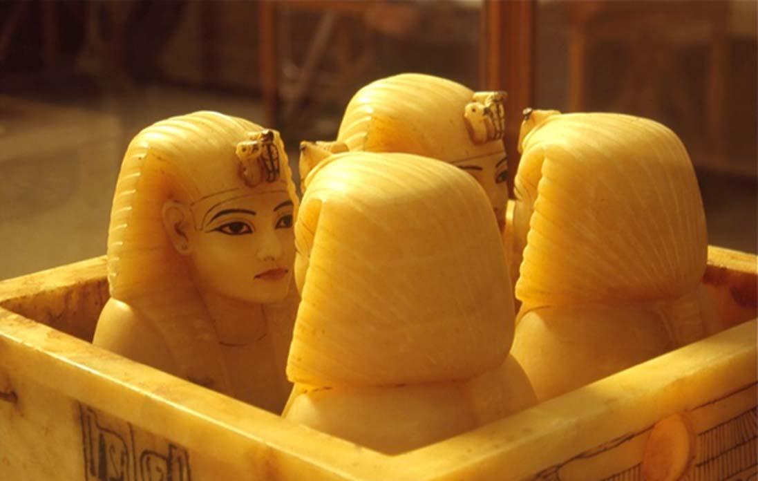 Vasos canopos de la tumba de Tutankamón. (CC by SA 2.0)