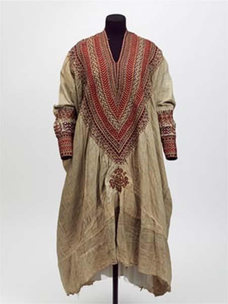 Vestido de mujer de la década de 1860. (Museo Victoria y Alberto, Londres)