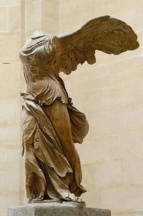 La Victoria de Samotracia está considerada una de las obras maestras del arte helenístico. (Public Domain)