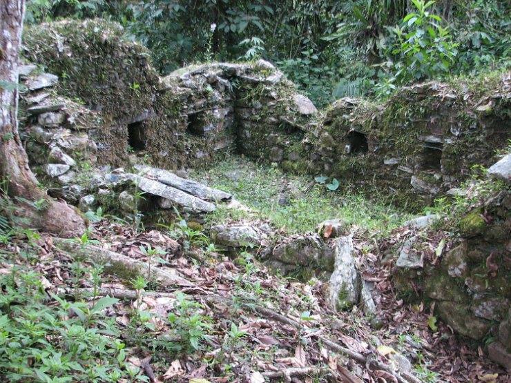 Ruinas incas de Espíritu Pampa, un yacimiento arqueológico preincaico e incaico situado en el distrito de Vilcabamba que podría tener relación con los recintos y enterramientos recién descubiertos. (AgainErick/CC BY-SA 3.0)
