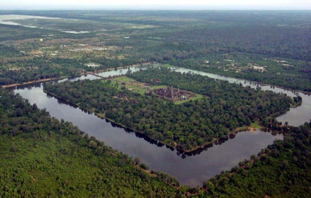 Vista aérea de Angkor Wat (Public Domain)