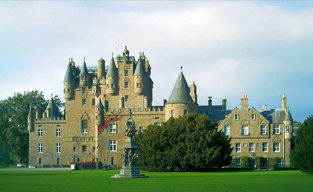 Castillo de Glamis, Angus, Escocia. (CC BY-SA 2.5)