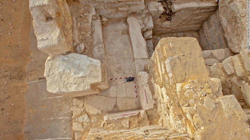 Vista cenital del pequeño santuario de la tumba de Jintakus III. (Martin Frouz, ČEgÚ FF UK)