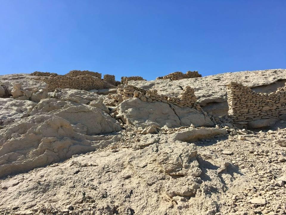 """El yacimiento arqueológico recientemente descubierto fue hallado en una zona considerada un """"oasis arqueológico"""" por los expertos. (Ministerio de Antigüedades de Egipto)"""