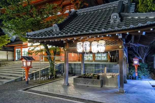 Yasaka-Shrine.jpg