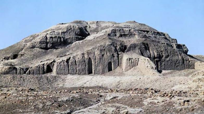 Ruinas del zigurat y el Templo Blanco de Uruk. (CC BY NC SA 2.0)