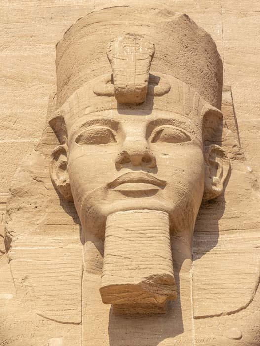 Abu Simbel, el Gran Templo de Ramsés II, Egipto (Alfredo / Adobe Stock)
