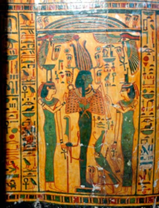 Ataúd exterior de Taywheryt que representa a Osiris, Isis y Neftis. (CESRAS / CC BY NC SA 2.0)