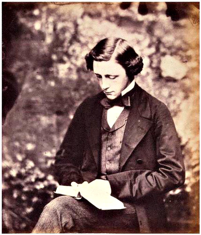 Autorretrato de Lewis Carroll hacia 1856. National Portrait Gallery (NPG). Londres, Inglaterra. (Public Domain)