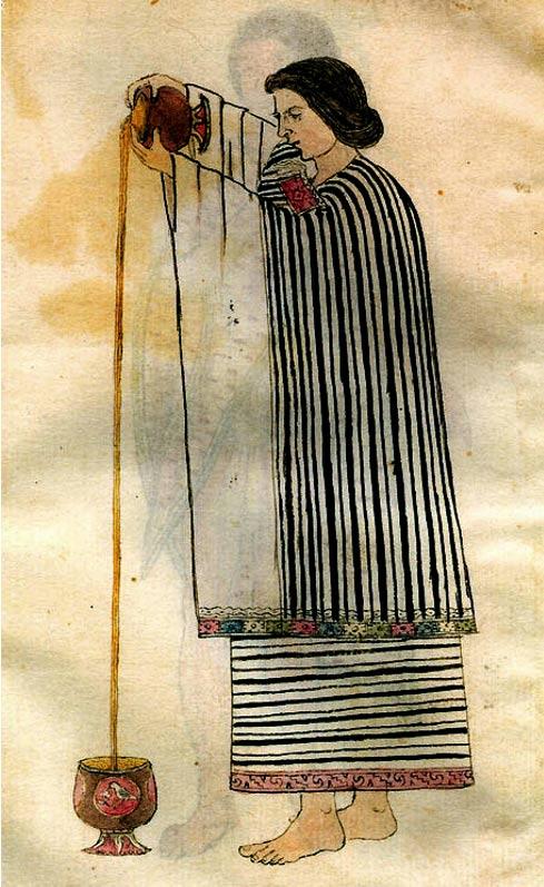 Una mujer azteca preparando la bebida de cacao. El líquido se vertió desde una altura para crear una espuma o espuma en la parte superior. Dominio publico