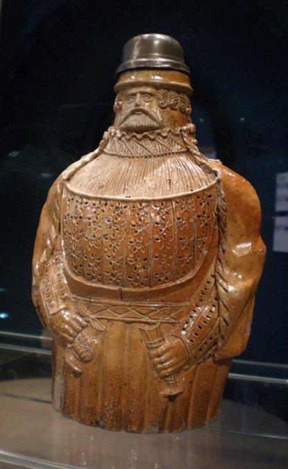 Bartmann Jug, 1525-50, Alemania, Colonia (Victoria and Albert Museum) (CC BY-2.0 UK)