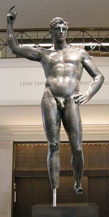 Estatua de bronce de un hombre. M id-2-siglo I a.C. (Sailko / CC BY SA 3.0)