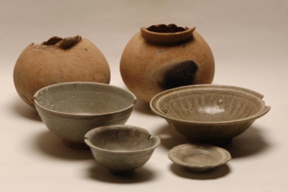 Cerámica hallada en el yacimiento camboyano de Krang Kor. (Instituto Nacional Nara de Investigación de Propiedades Culturales)