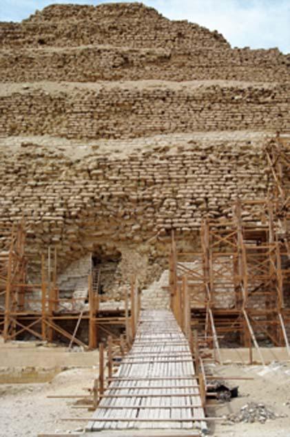 Las excavaciones en la pirámide de Djoser llevaron al descubrimiento de una habitación. (www555www/ Adobe Stock)