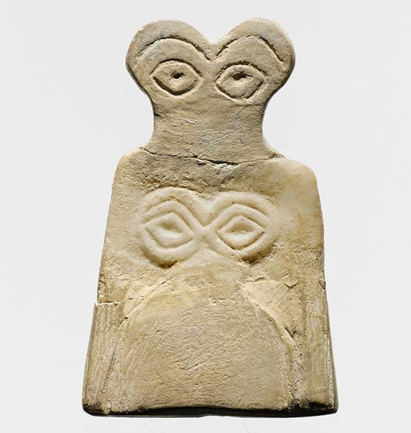 Uno de los llamados ídolos oculares encontrados en Göbekli Tepe. (Museo Metropolitano de Arte / CC0)