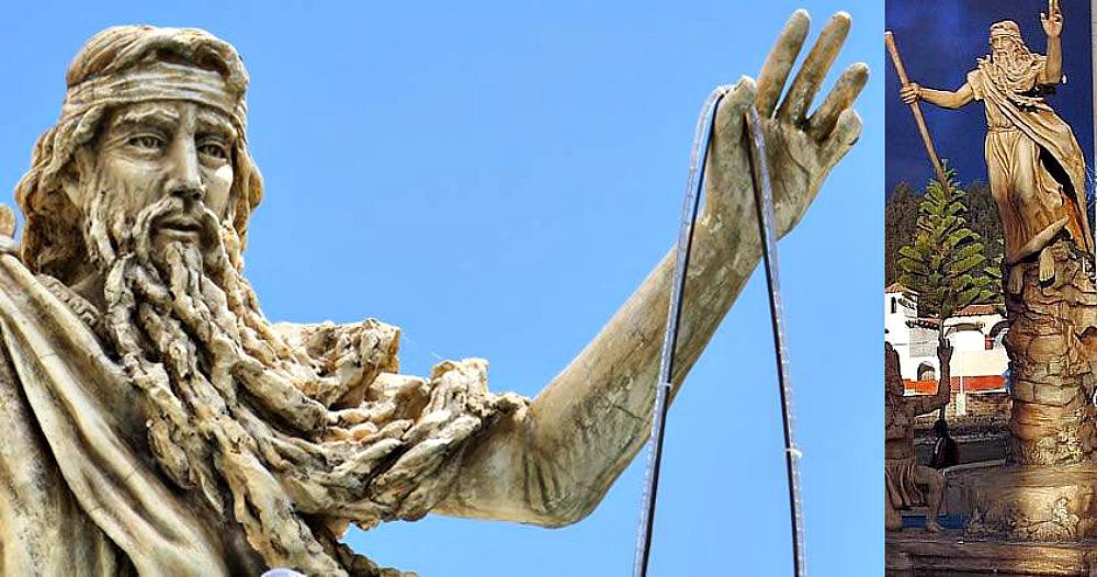 Portada - Fotocomposición elaborada con dos fotografías de la estatua erigida en homenaje a Bochica y ubicada en Cuítiva, Colombia. (Código Oculto).