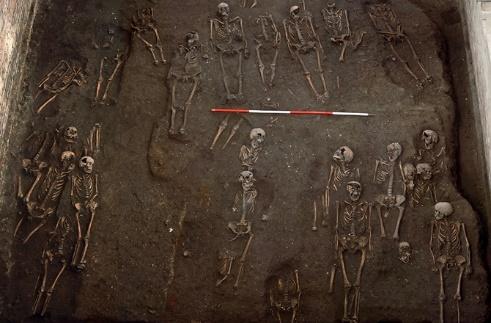 Portada-Esqueletos-Monjas-Convento-Stratford.jpg