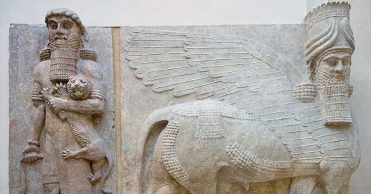 Portada - Museo del Louvre, Departamento de Antigüedades del Próximo Oriente: Gilgamesh y el León, toro alado con cabeza humana. Fuente: Jean-Christophe BENOIST / CC BY 3.0