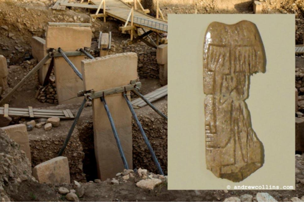 Portada-Principal: Los pilares gemelos de Göbekli Tepe (g.frilli / flickr). Detalle: La minúscula placa de hueso descubierta en Göbekli Tepe, ahora en exposición en el nuevo museo arqueológico de Sanliurfa. Imagen: Andrew Collins.