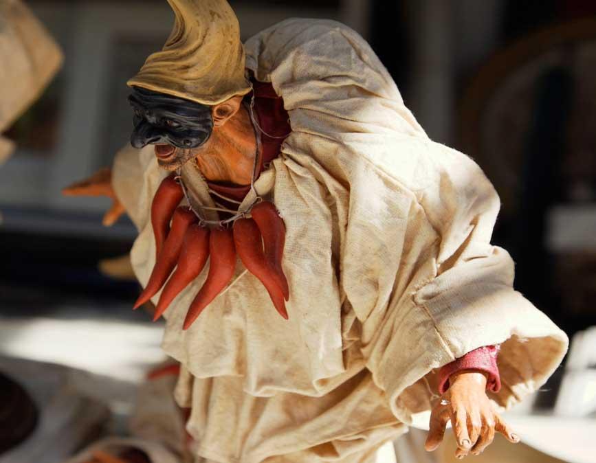 Portada-Figurita de Pulcinella con su famosa y habitual máscara (Foto: mari27454/Wikimedia Commons)