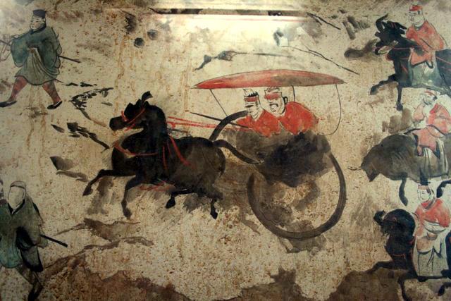 Portada-Sección de fresco de la Dinastía china Oriental Han (25-220 d. C.) con 9 carros, 50 caballos y más de 70 hombres, descubierto en una tumba de Luoyang, China.jpg