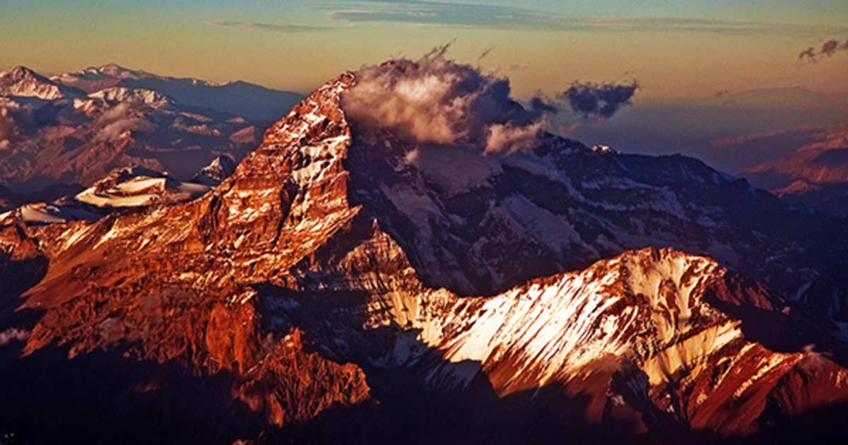La cordillera de los Andes al atardecer (CC BY 2.0)
