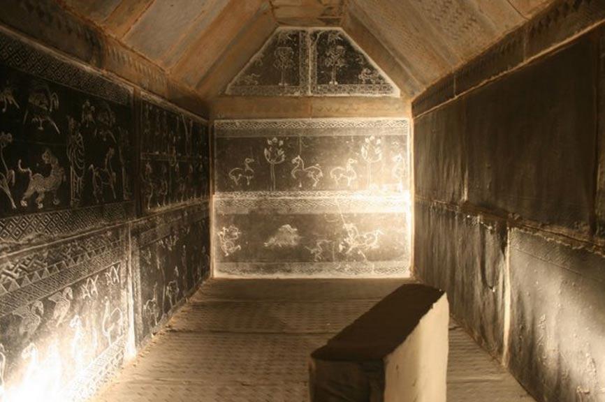 Portada-tumba de la dinastía Han Oriental en Luoyang, provincia de Henan. Imagen meramente ilustrativa (Gary Lee Todd/CC BY 3.0)