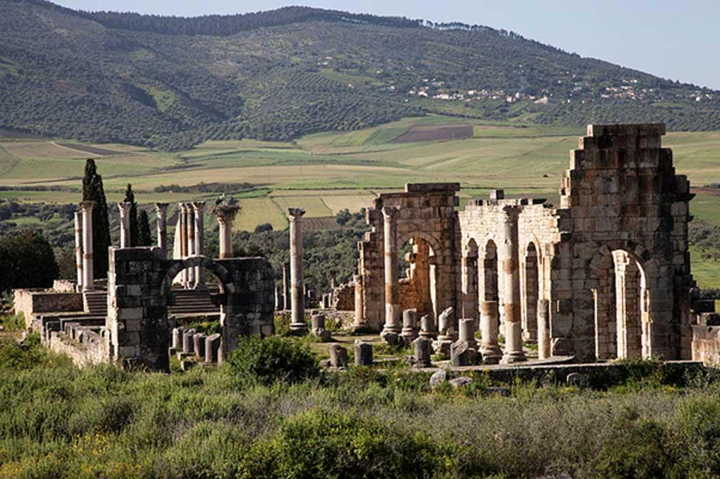 Portada - Ruinas romanas de Volubilis, Marruecos. Fuente: Subhros/CC BY SA 3.0
