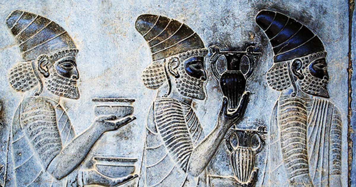 Portada - Detalle de un relieve de la escalinata oriental de la Apadana de Persépolis (Takht-e Jamshid), Irán. (CC-BY-SA-3.0)