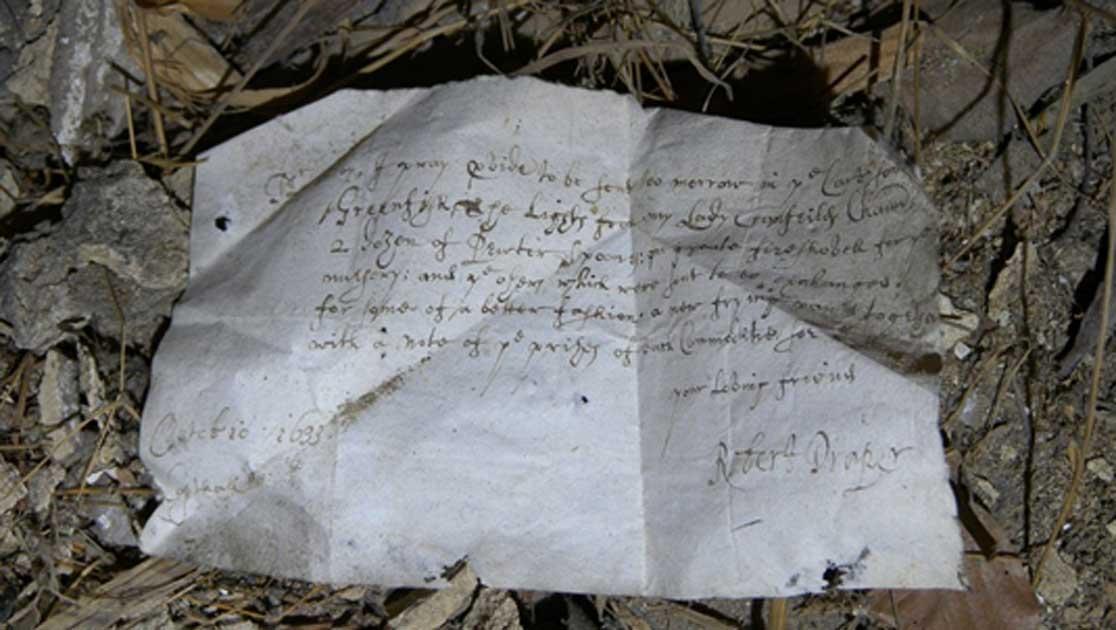 Portada - Carta de 1633 descubierta en el pabellón sur de la mansión de Knole House. Fotografía: National Trust